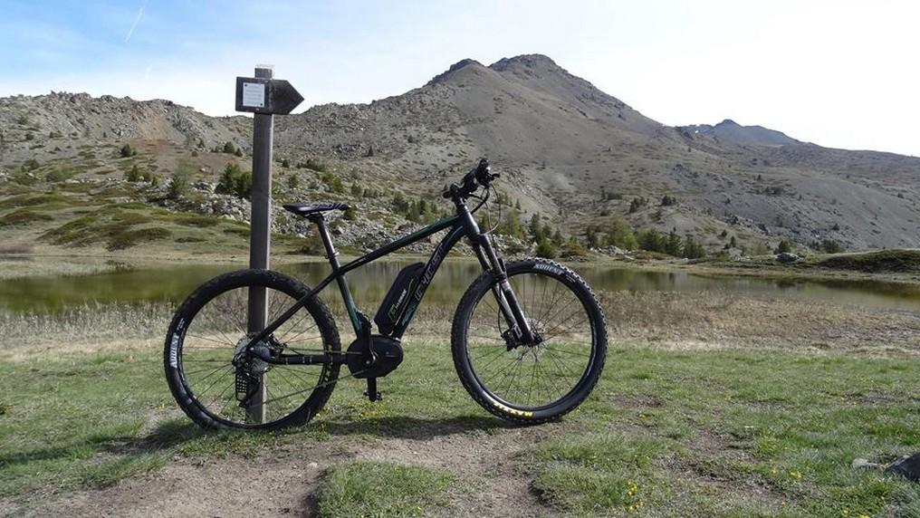 Autour de l'Izoard, cols et vallées authentiques à vélo électrique  : /