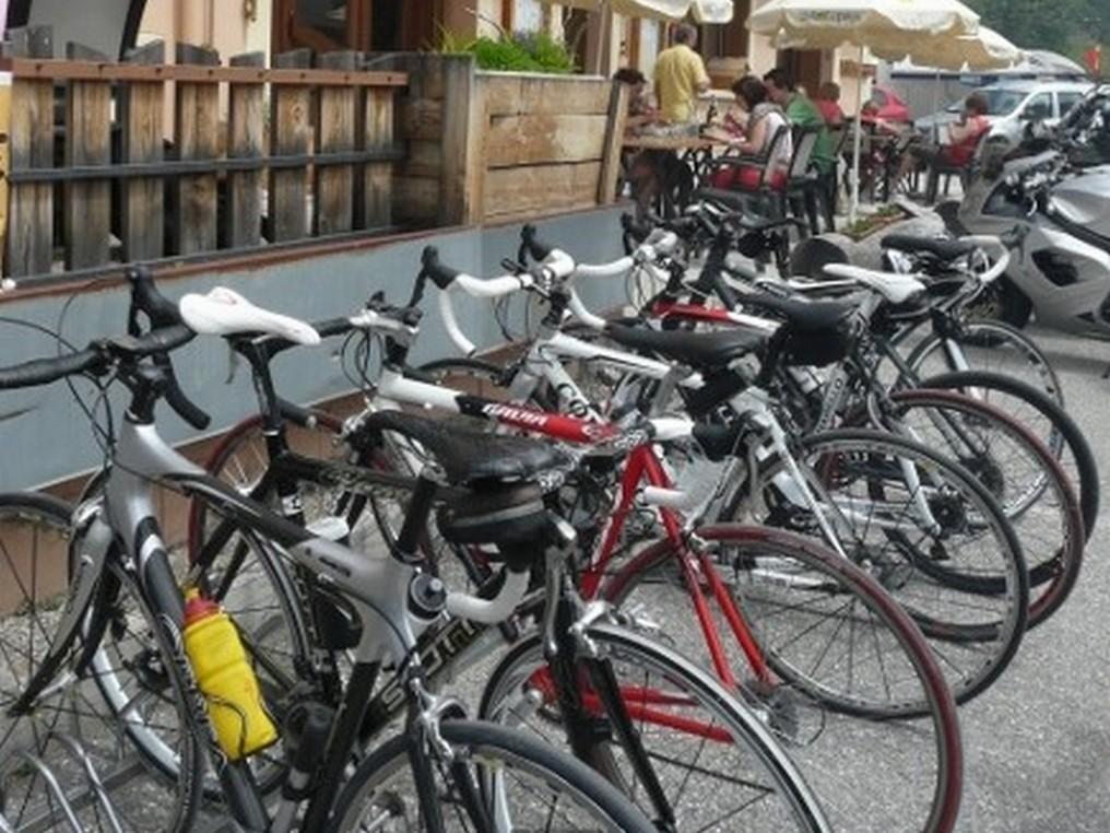 Autour de l'Izoard, cols et vallées authentiques à vélo électrique  -5f634cf1085d4: /