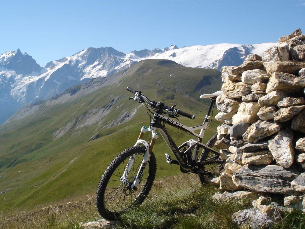 Autour de l'Izoard, cols et vallées authentiques à vélo électrique  -5f634cf108614: /