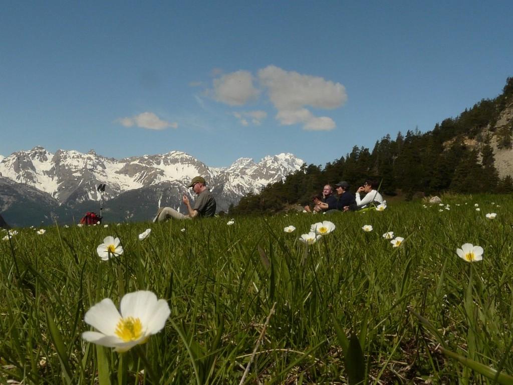 A pied, les plus beaux paysages de la vallée d'Izoard -5ed17a41baedf: /
