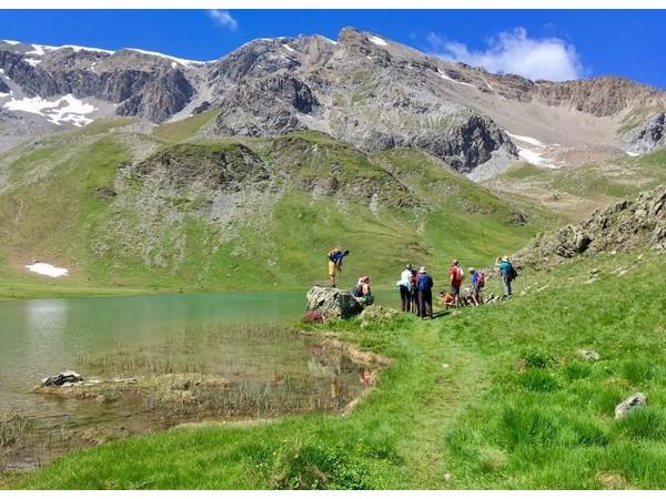 Découverte des sentiers d'altitude du Queyras au Piémont -5f32e356896b3: /