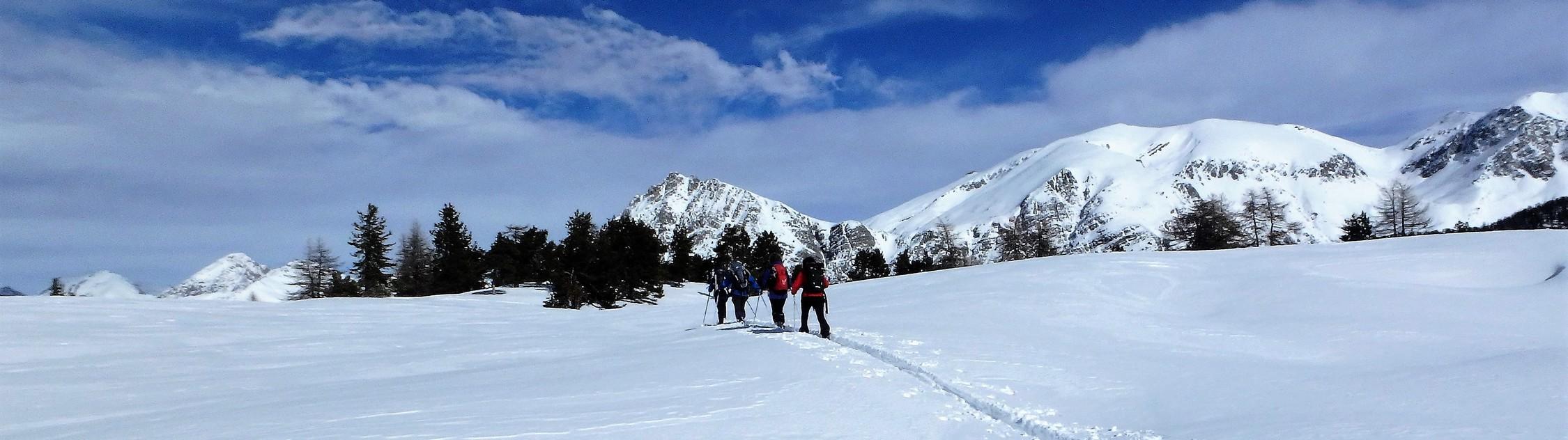Découverte Du Pays d'Izoard à raquettes et ski nordique -6037aa827b8ea: /
